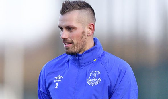 (Daily Express):#Morgan #Schneiderlin: I will help make this Everton star great : MORGAN..  http://www. newsoneplace.com/article/742736 1612/morgan-schneiderlin-everton &nbsp; … <br>http://pic.twitter.com/hrJu33Re1n