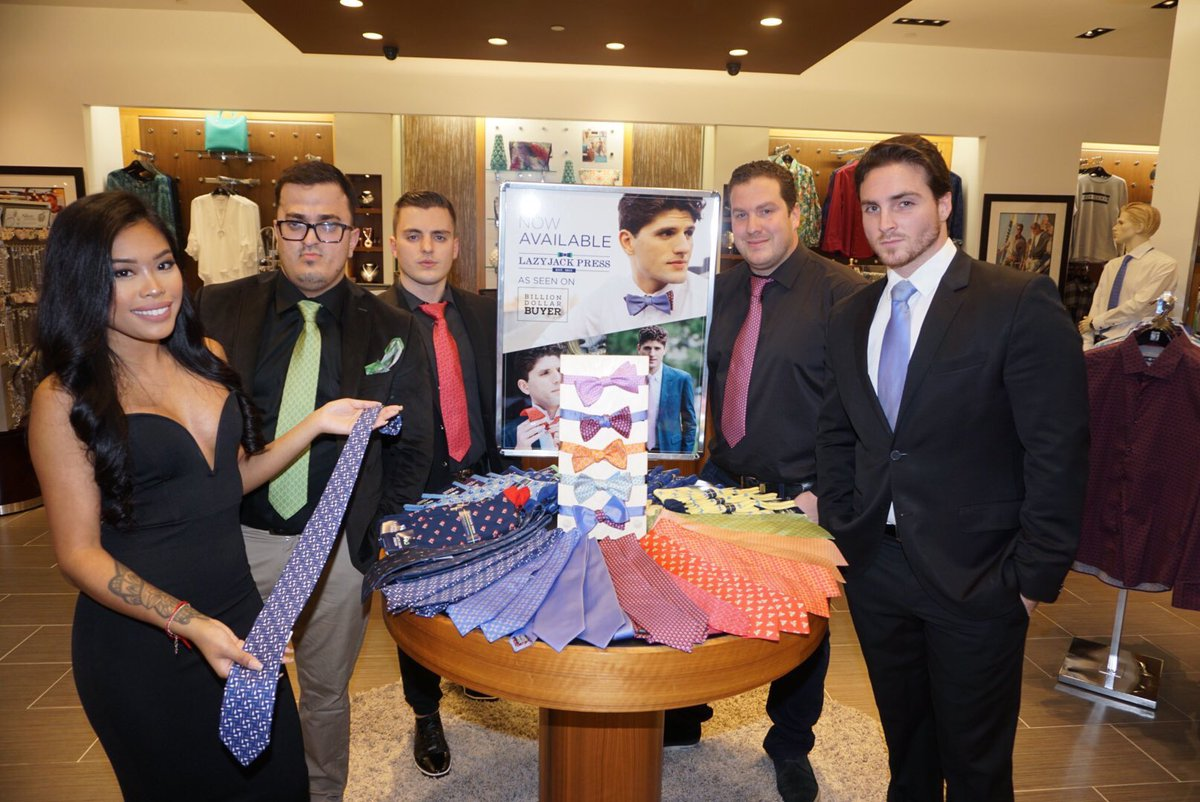 @havenac crew looking dapper in our #ties! Check them out @goldennuggetac! #saturday #ac #havennightclub #goldennugget #ties #preppy #cheers<br>http://pic.twitter.com/qsWjHSFHMh