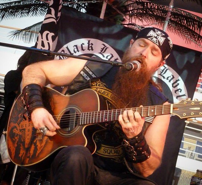 Happy Birthday Zakk Wylde! Pic from an acoustic show on the deck during Motörheads Motörboat 2014 :-)
