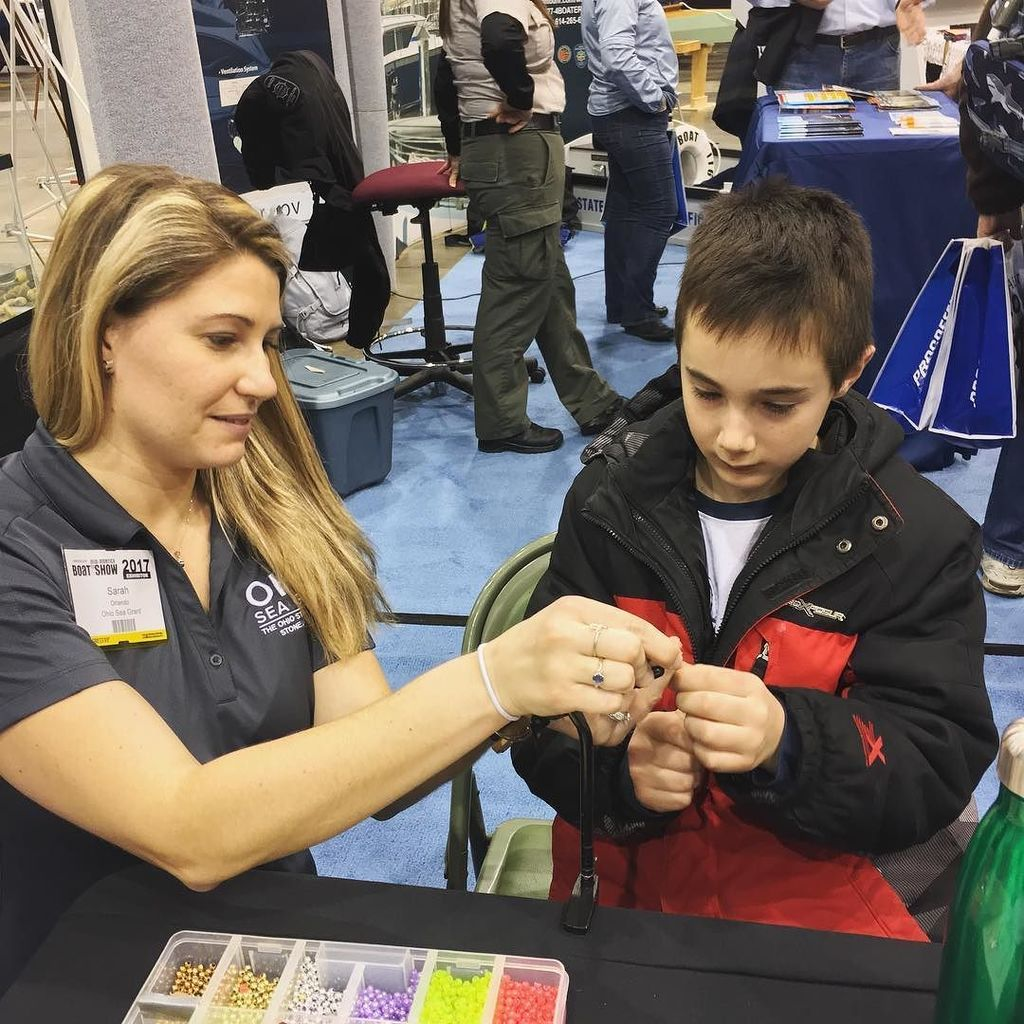 Ohio Sea Grant extension educators are teaching lure tying at the #clevelandboatshow. #CLE… https://t.co/Bs97Ls7cu3 https://t.co/GEQcojmZNF