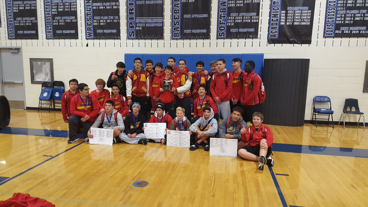 Team Champs at the Lyons Invite. @NGHS_Athletics #growth #norsestrong #2k16 <br>http://pic.twitter.com/HWv6j4ngVF