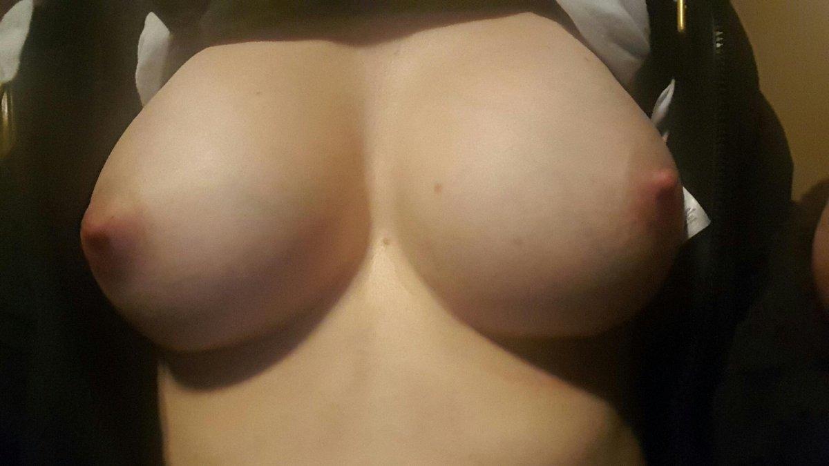 Nude Selfie 10309