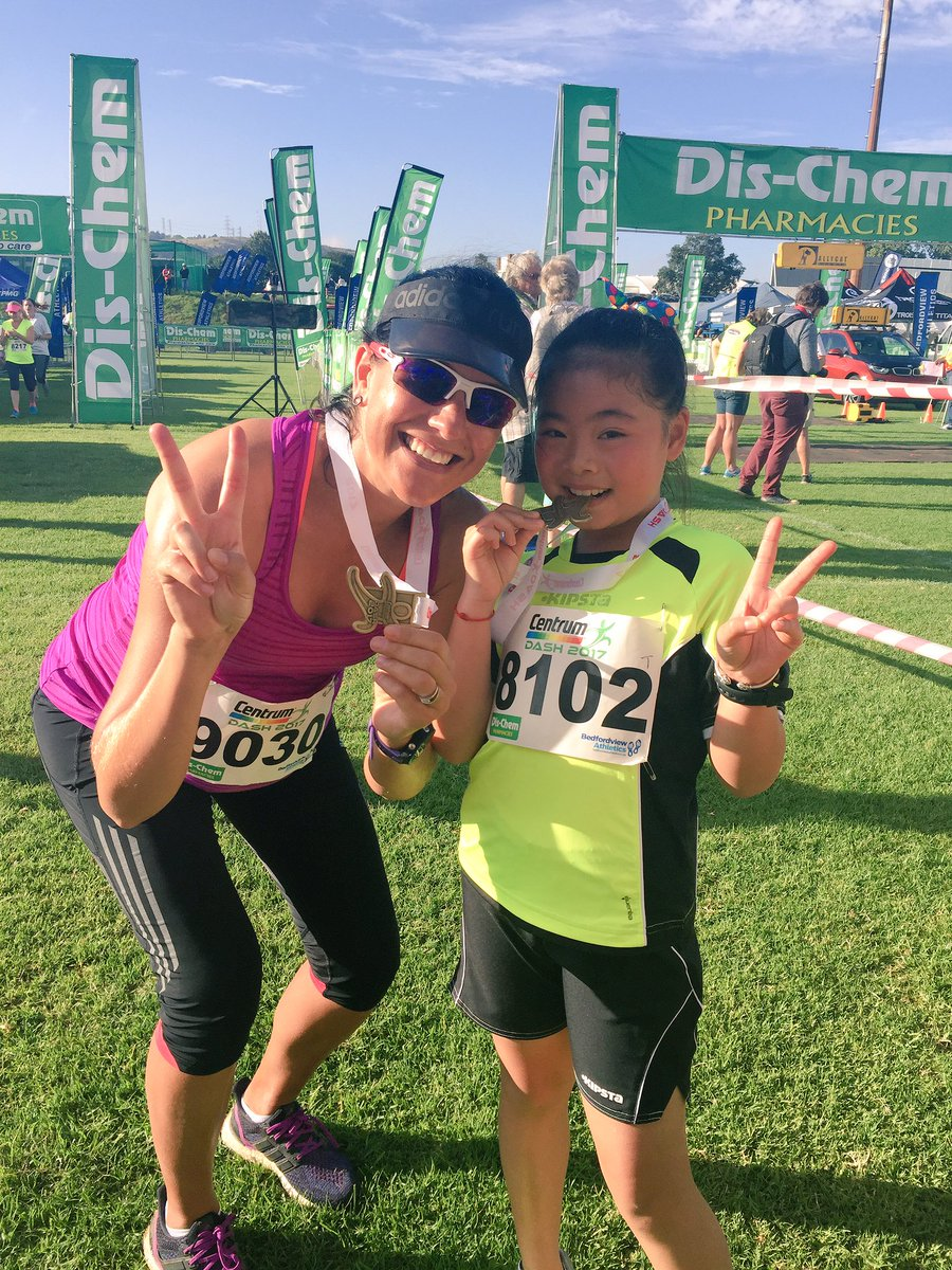 Love making new friends on the &quot;run&quot;! @dischem21 #5km #babyonboard #31weeks<br>http://pic.twitter.com/Hlpa1gmrUa