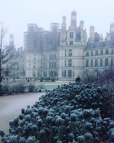 Bon Dimanche à toutes et à tous! #chambord #E1WE #hiver #MagnifiqueFrance<br>http://pic.twitter.com/wxbVxQym0s