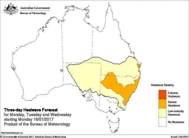 Low intensity #heatwave conditions extending across #SouthAus southern #QLD through NSW. Severe in parts of NSW https://t.co/9g5g9YivmM https://t.co/3zkEgvhF7f