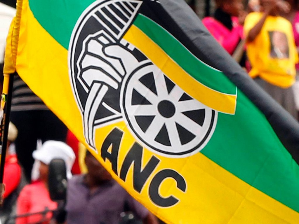 #ANCWL wants #Absa probed. Read more. https://t.co/lSpfpRwi2P #ABSAmustpay #absapaybackthemoney https://t.co/J2BuKjLLXR