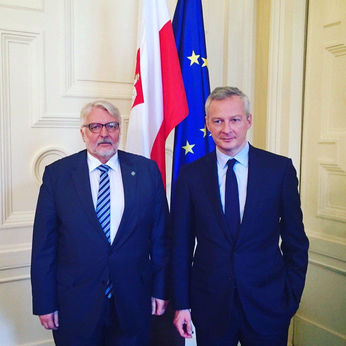 Entretien ce matin avec le ministre des affaires étrangères polonais : avenir de l&#39;#Europe  et relations bilatérales   #UE #Pologne <br>http://pic.twitter.com/Ihtsq35KVq