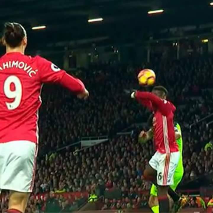 Pogba in Man Utd-Liverpool: quando fai il DAB nel momento equivocato