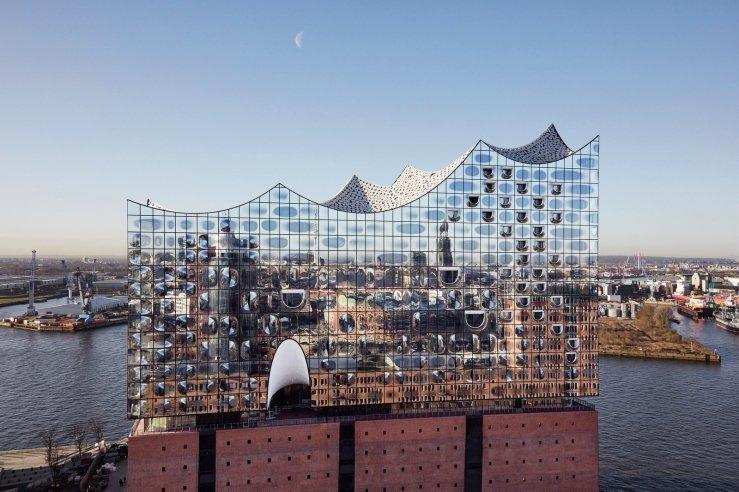 Merci @ARTEfr pour le concert inaugural de l&#39;#Elbphilharmonie à #Hamburg Belle musique et magnifique construction !<br>http://pic.twitter.com/9WxdsSZnQe