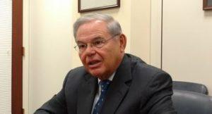 Ex-House attorneys side with Menendez in…  http:// dlvr.it/N6kc4S  &nbsp;   #NorthAmerica #anticorruption #corruption #Menéndez #GetUrRiskOn<br>http://pic.twitter.com/KZRvtqvjts
