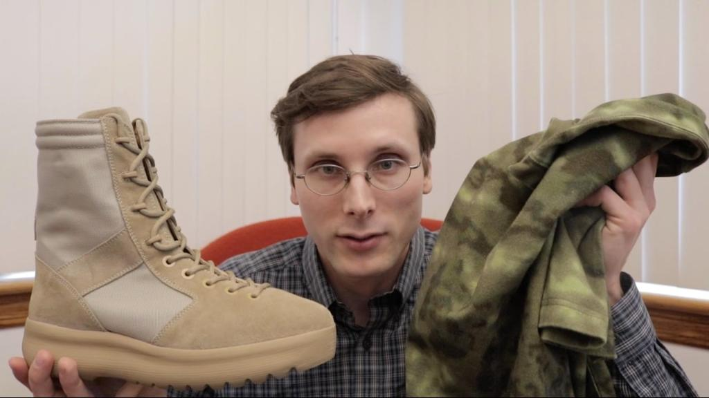 You won't believe what @bradhall_shoes does in these YEEZY Season 3s....