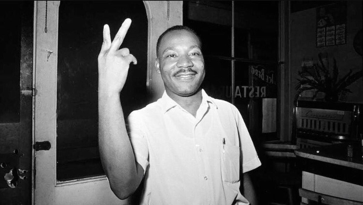 Happy Birthday Dr. King! https://t.co/JoJMMvfIpa