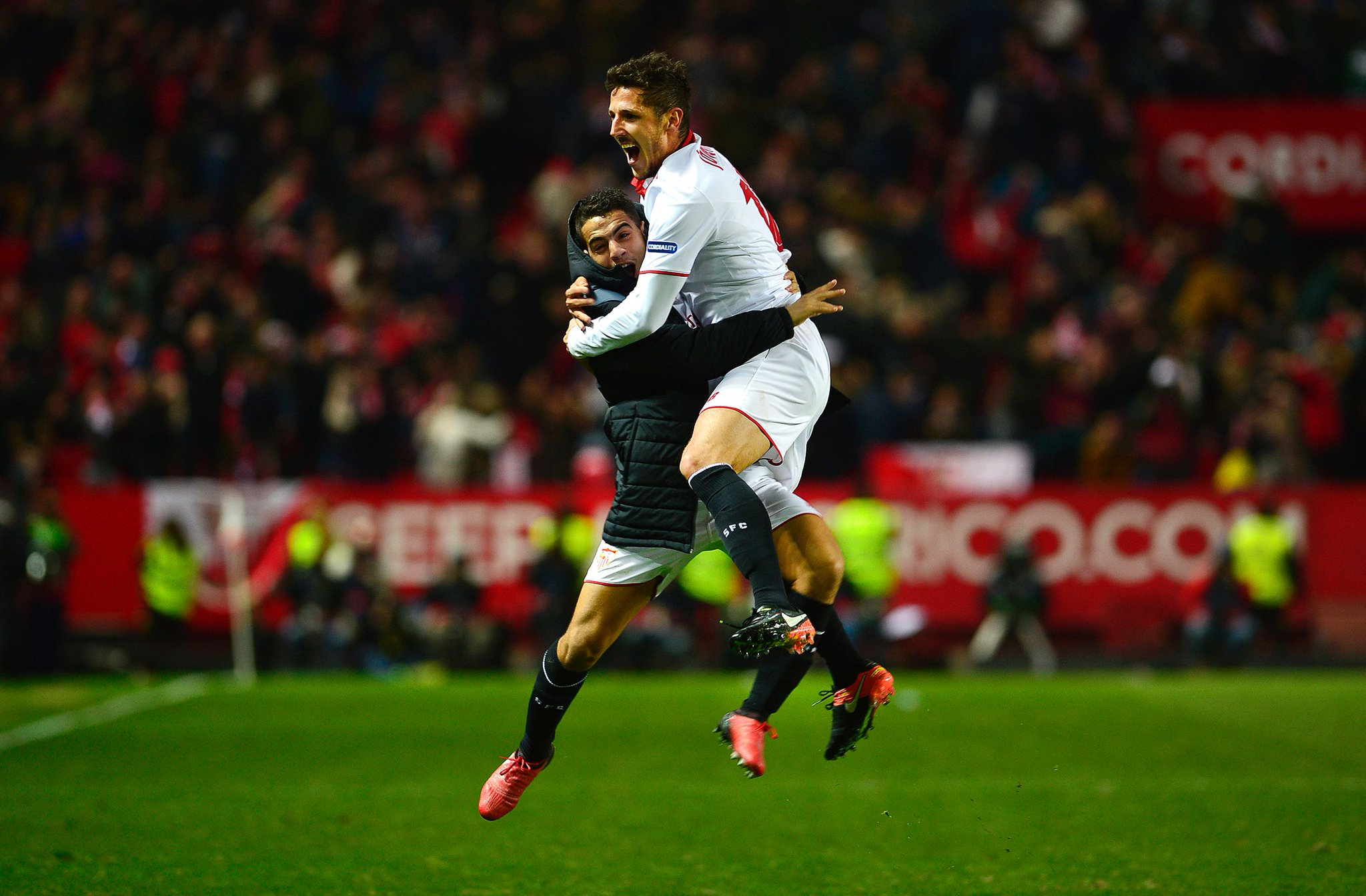أهداف مباراة أشبيلية وريال مدريد 2-1