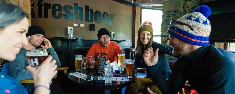 A ski bum's guide to après. via @MEC #skiing #outdoors #winter  http:// buff.ly/2jdqa3E  &nbsp;  <br>http://pic.twitter.com/2dltid8bJg