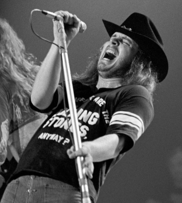 Happy what would be 69th birthday to Southern Rock legend Ronnie Van Zant.