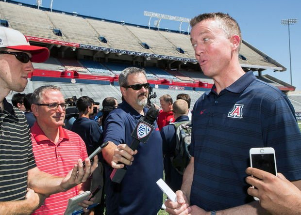 Arizona Wildcats athletic director Greg Byrne expected to leave for Alabama https://t.co/SdRcOBdsdO