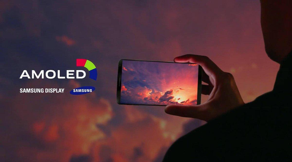 Galaxy S8 : Samsung présente en vidéo un smartphone proche des rumeurs  http:// bit.ly/2ix6ymU  &nbsp;   #GalaxyS8 #SamsungGalaxyS8 #Samsung <br>http://pic.twitter.com/cJRxxZ4Hlh