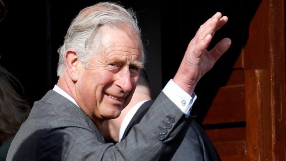 #PrinceCharles co-authors a book on #climatechange  http:// ow.ly/7dgC3081mnw  &nbsp;   h/t @CTVNews @ronincoquitlam @morgfair cc @BarryMotivates<br>http://pic.twitter.com/eC7MwKLB62