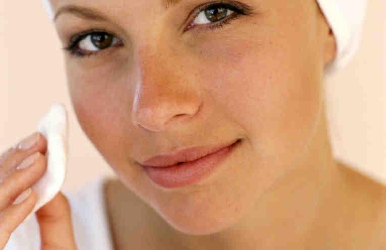 омолаживающий крем для кожи вокруг глаз 3d гиалуроновый филлер отзывы