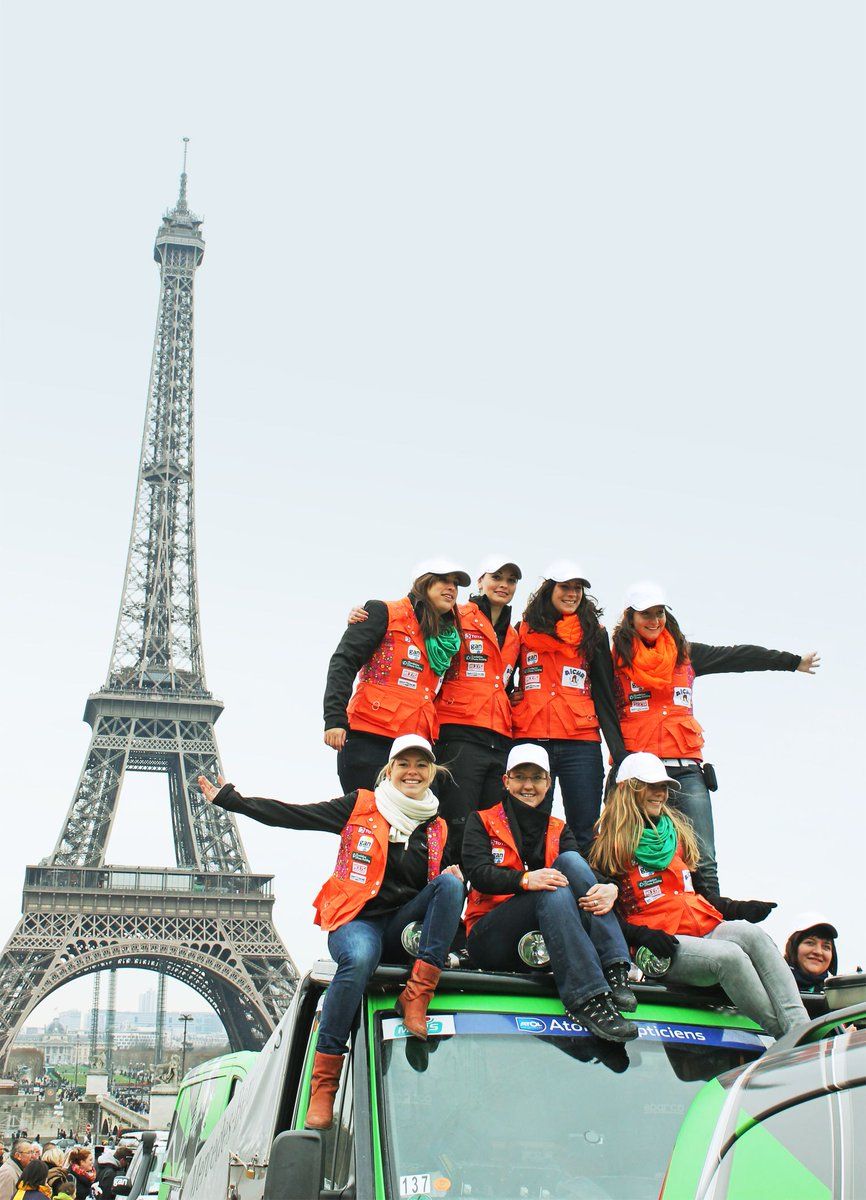 Four #MercedesBenz #Vans Rallye Teams Join Rallye Aïcha des Gazelles  http:// buff.ly/2iAqKYi  &nbsp;  <br>http://pic.twitter.com/FsVHiQDV7e
