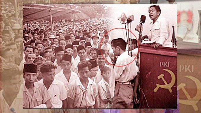 "Gaduh buku ""Jokowi Undercover"" @AimanWitjaksono - Chirpstory"
