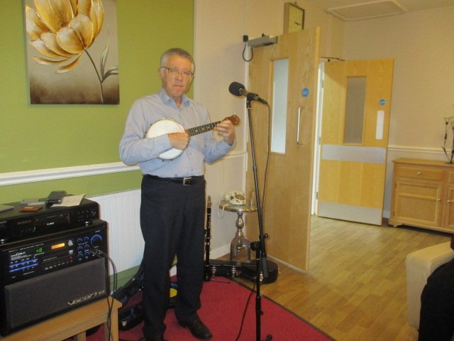 """Thanks """"Nostalgia Time"""" for entertaining the people we support at Winsford Grange with your brilliant #GeorgeFormby classics! <br>http://pic.twitter.com/bw86XWTag4"""