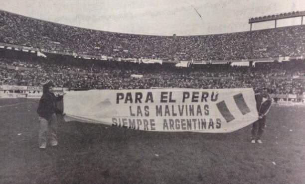 Cuando hablan de los peruanos recuerdo esto. https://t.co/BwpJmc0aPQ