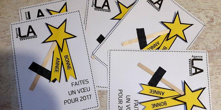 Il reste encore qq jours pour se souhaiter la #BonneAnnee. Chez @Agence_LAredac , ça a été distribution de baguettes magiques ! #abracadabra <br>http://pic.twitter.com/eP7zY93WyF
