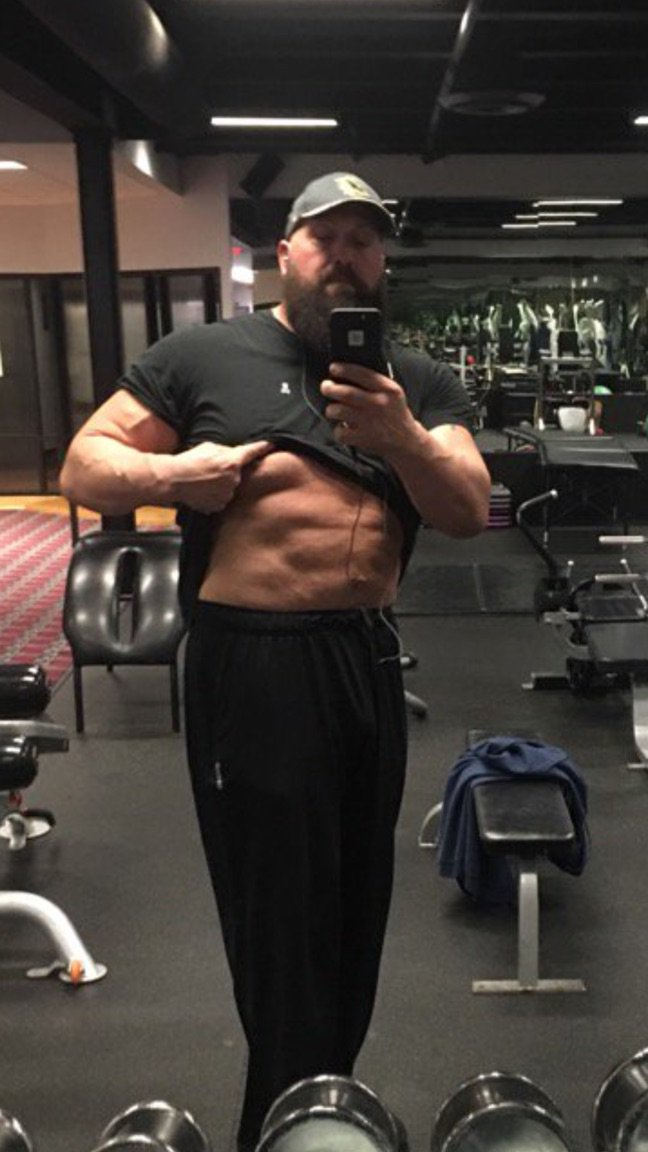 Big Show is changing the game 4 all the boys,now what's your excuse,st...
