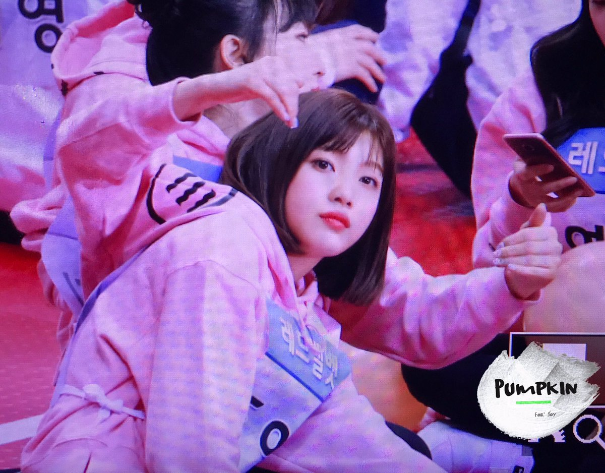 cries my princess chopped her hair again and shes looking so good ㅠㅠ