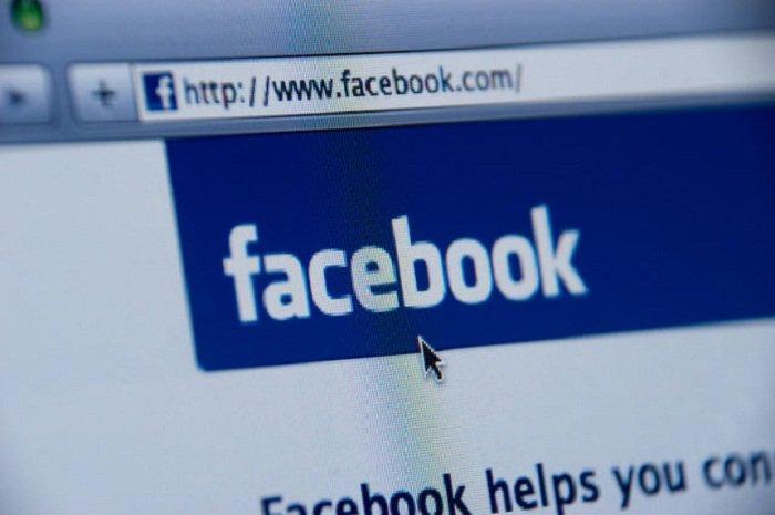 #Facebook lance une #offensive contre les `#fakenews` #reseauxsociaux #socialmedia #hrw   http:// fr.azvision.az/Facebook-lance -une-offensive--32834-xeber.html#.WHyhKmek_U4.twitter &nbsp; … <br>http://pic.twitter.com/kx9ZlyyjPY