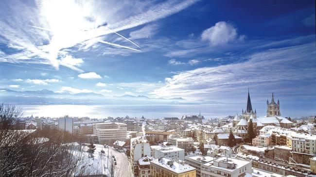 Excellente semaine à tous &amp; à toutes / Have a nice week y&#39;all. #DollonGeneration #switzerland #LifeStyle #NewYear #Lausanne #ShopOnline<br>http://pic.twitter.com/AXNBjdJqMu