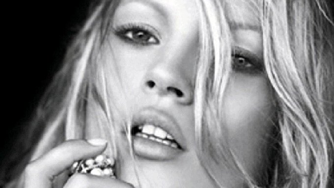 Happy Birthday to our favourite style icon Kate Moss
