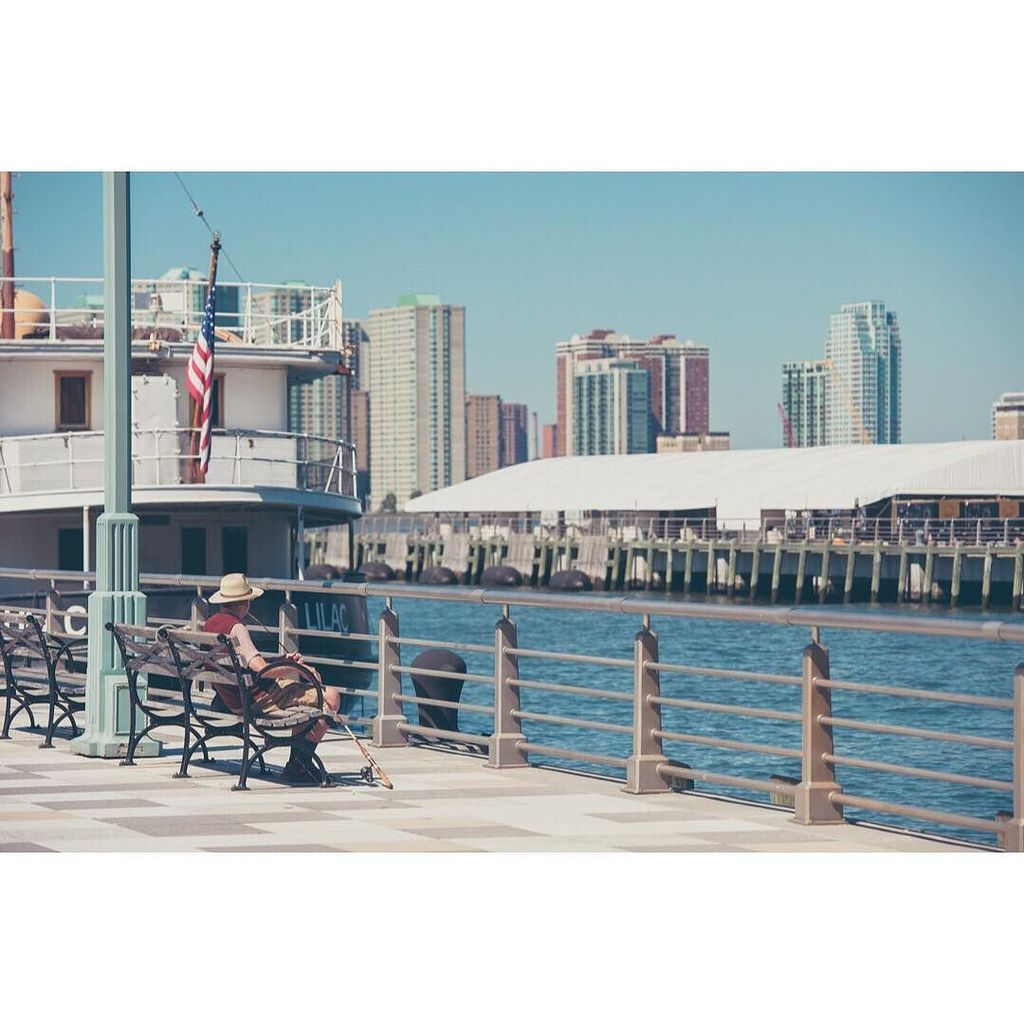 N°1077 - 16 01 17 Olivier PENDU © #usa #nyc #newyorkcity #newyorker #pier25 #pier25nyc #fi…  http:// ift.tt/2jqMo25  &nbsp;  <br>http://pic.twitter.com/Vk86NUkCXD