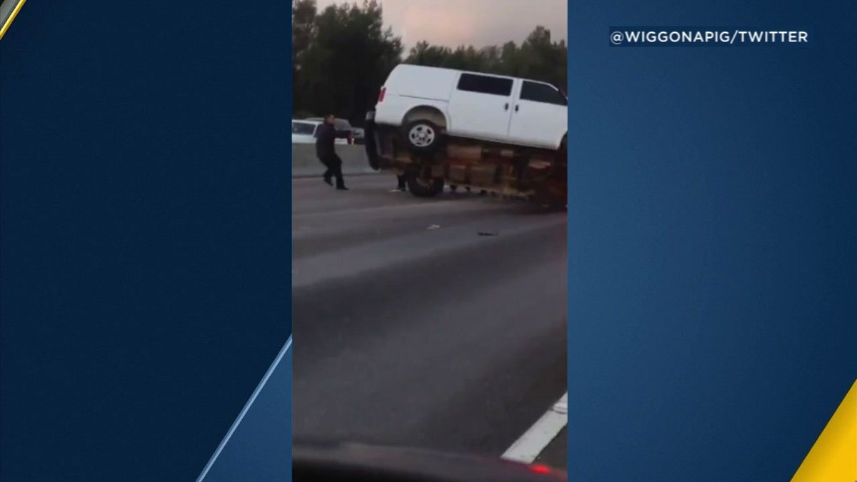 Good Samaritans jump into action after crash on 5 Freeway in Griffith Park