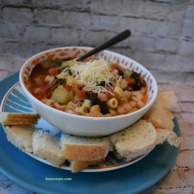 Pressure Cooker 3 Bean Minestrone Soup