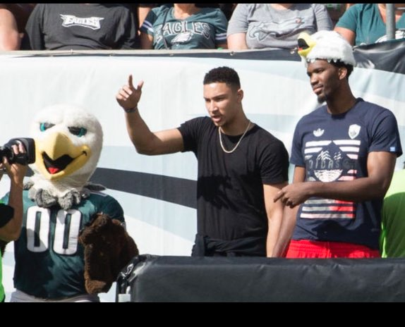 Retweet if you love the Eagles, Sixers or freedom.   Joel Embiid #NBAVOTE https://t.co/iVakETLkiU