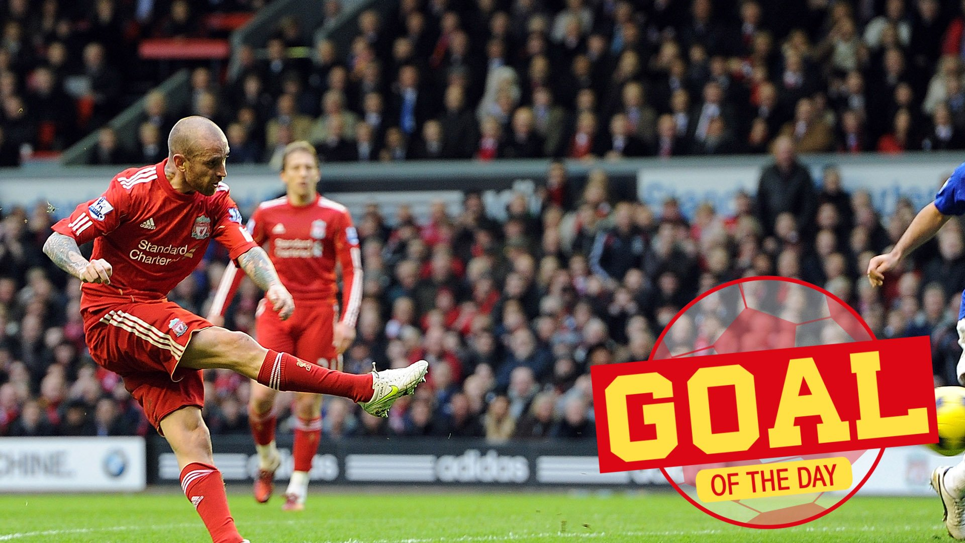 ❌ ❌ ✅  🗓 A sweet, sweet strike from @OficialMeireles #onthisday in 2011... https://t.co/iUg2iWQmrX