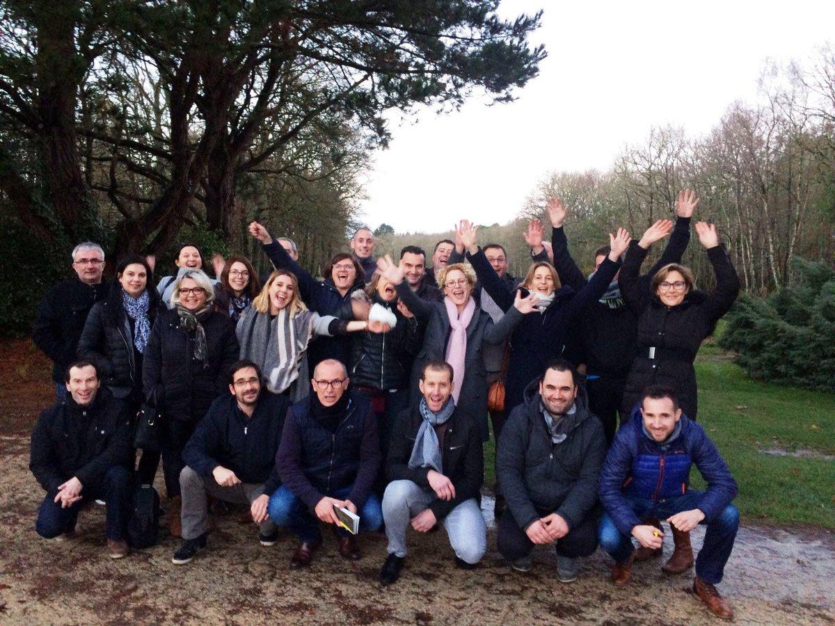 Journée équipe @lambertclotures #joie #bonnehumeur #projet #espritdéquipe #talk trouver son #why #golfdenantes #leaveintime<br>http://pic.twitter.com/Tf1sc4naep