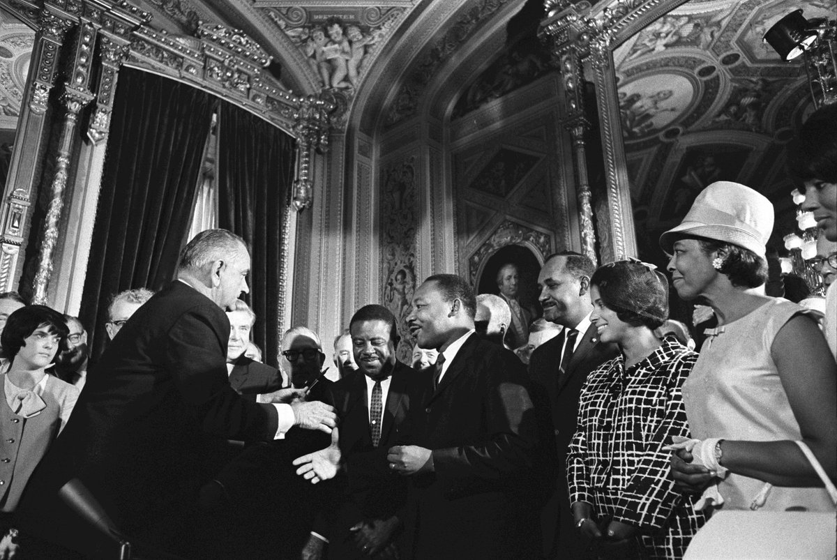August 6, 1965: LBJ signed the Voting Rights Act into law, a crowning achievement of the civil rights movement. https://t.co/flbONtrgTB