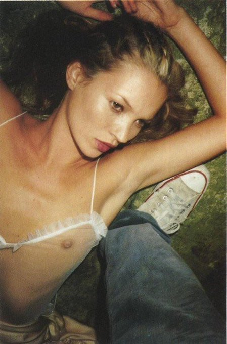 Legends never age but happy birthday anyway to the boss Kate Moss