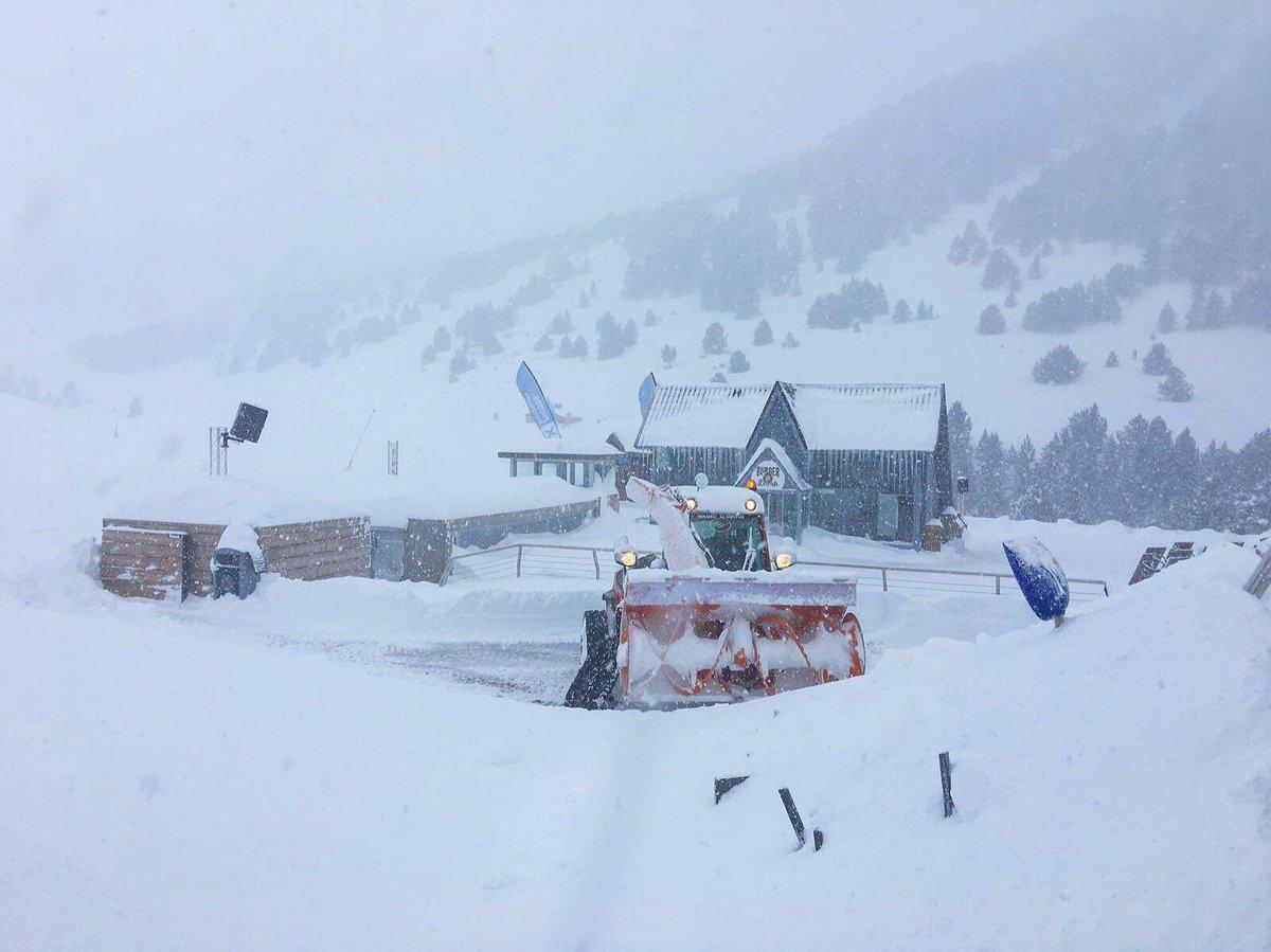 📢 #InfoGrandvalira  #Grandvalira recibe un total de 170 cm de nieve nueva en los últimos 7 días +INFO https://t.co/1iqILGkB0Q
