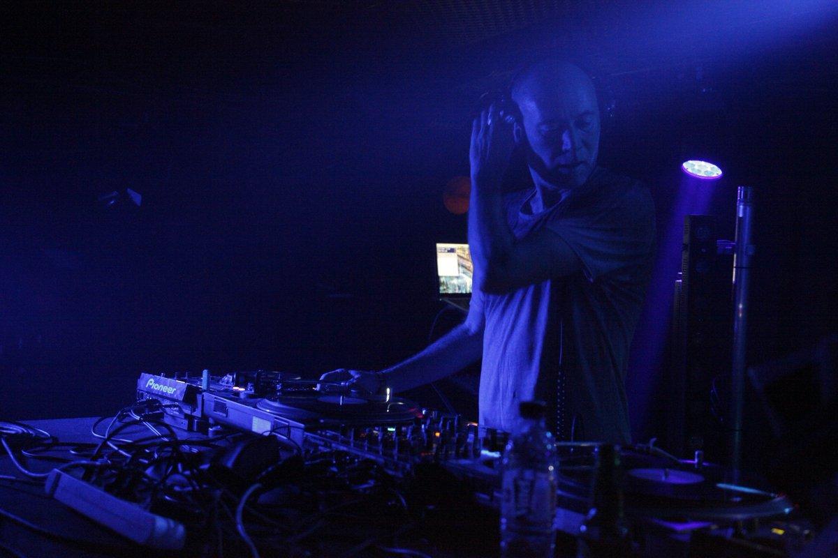 Pour revivre la soirée géniale de vendredi avec @volumcrew en vidéos et photos direction Facebook!  https://www. facebook.com/sonitymusique/  &nbsp;   [#Techno #House ] <br>http://pic.twitter.com/Z3TIrhYEA1