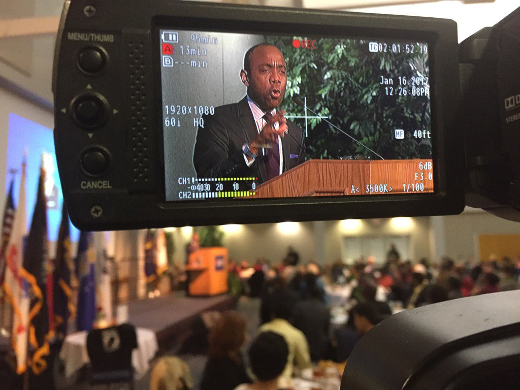 @CornellWBrooks delivering a powerful message of hope, saying the work of Dr. King is still working & relevant today. https://t.co/uQ8YA5W04g