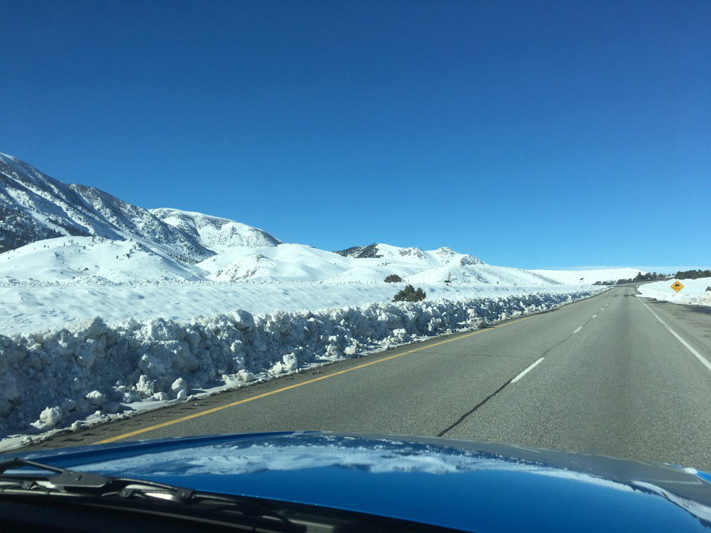 Plenty of snow along Hwy 395 just north of Bishop. mammothmountain abc7eyewitness