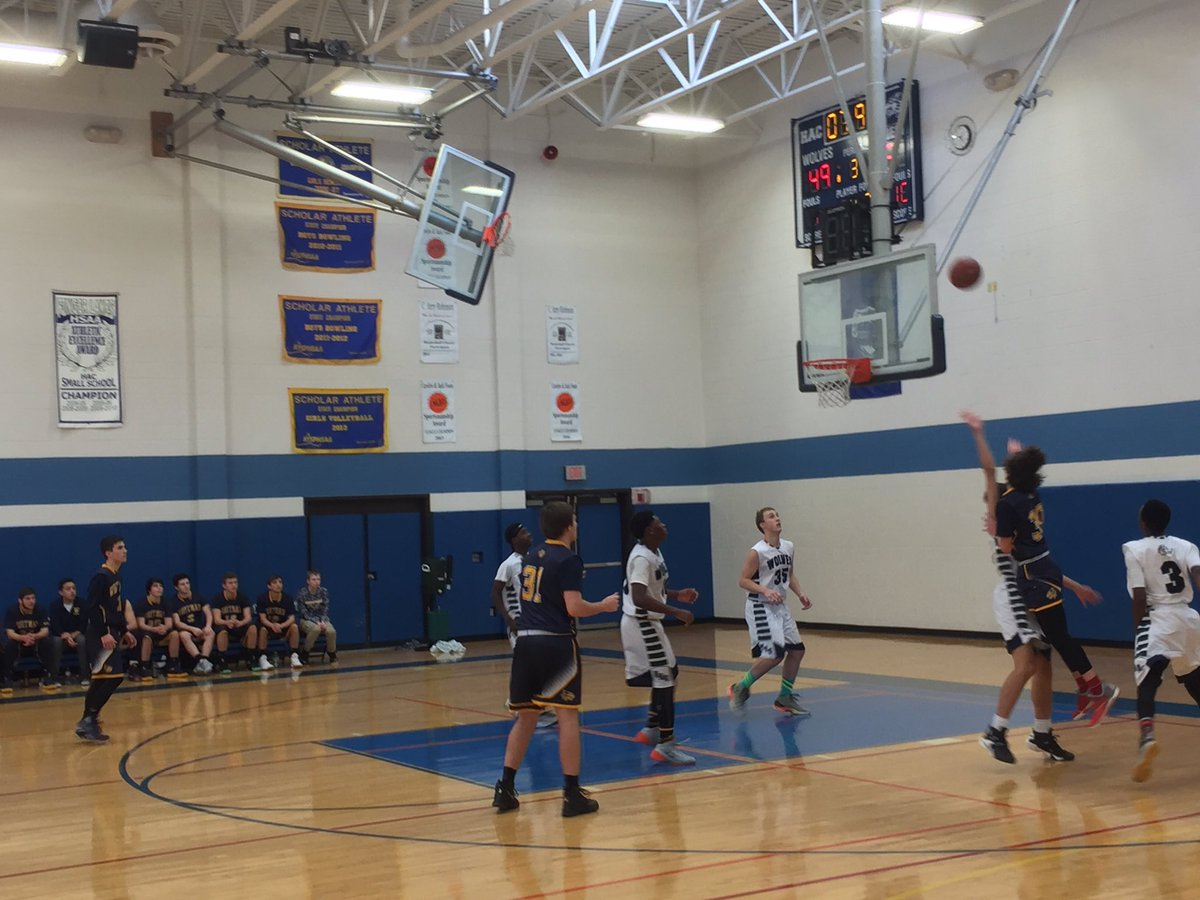 W-FL Monday: #6 Whitman snaps HAC streak to stay undefeated in West