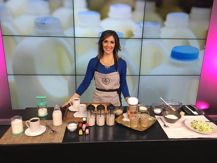 Sandy from PC Test Kitchen shows us how to make the most of #NationalMilkDay on Fox 32 Chicago! Watch here:  http:// ow.ly/WPjv307UwA8  &nbsp;  <br>http://pic.twitter.com/f2cEdFGtAq