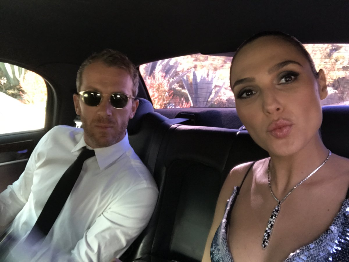 On our way to the #goldenglobes 😘 #TBT https://t.co/z2LtYeZluM