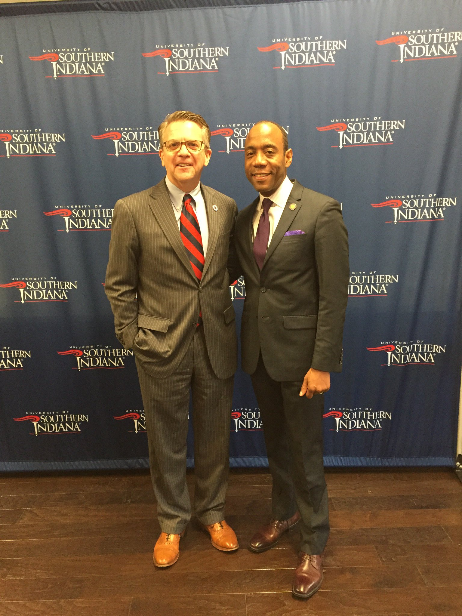 Honoring the legacy of Dr. Martin Luther King Jr. with NAACP Pres. Cornell William Brooks at annual MLKing lunch at USI. https://t.co/ZdZWOoW6Gb