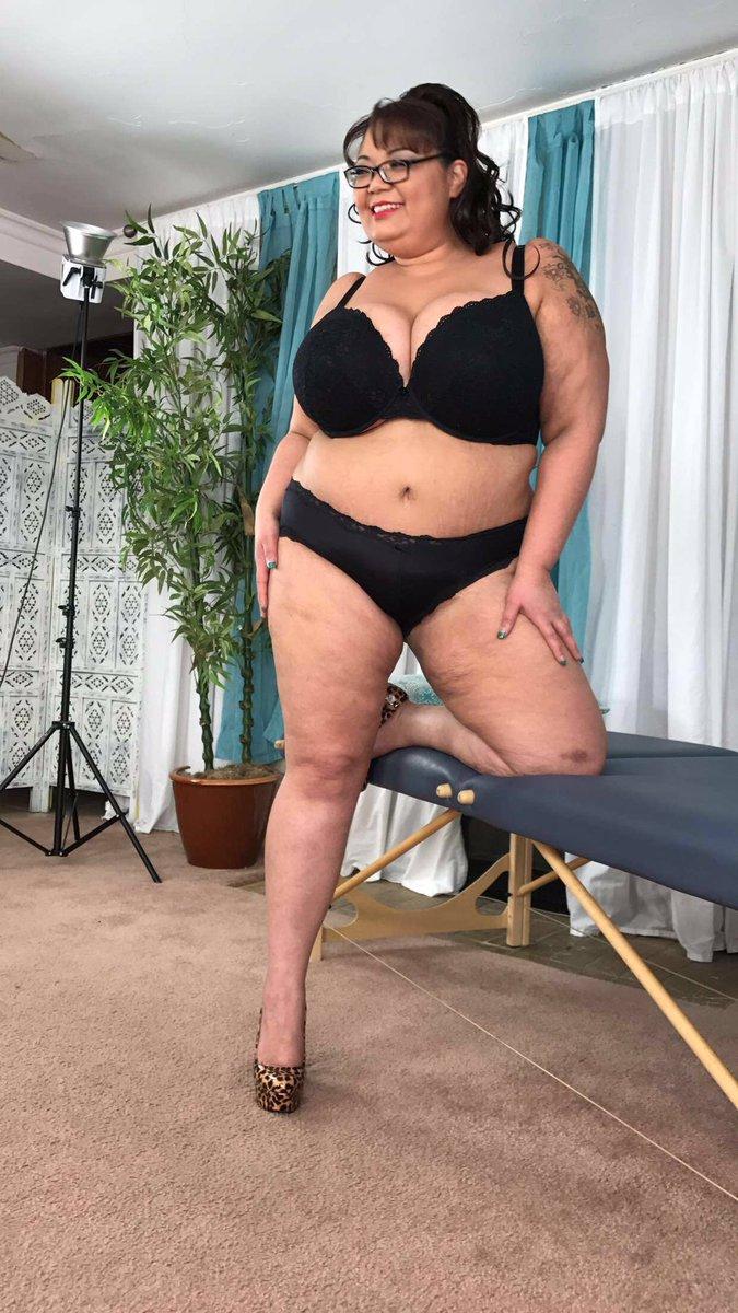 Fat girl porn clips